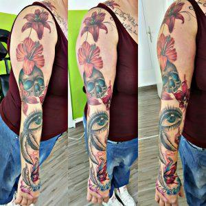 Besuche die Tattoo-Galerie von Eric
