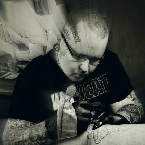 Tattoo-Künstler Eric